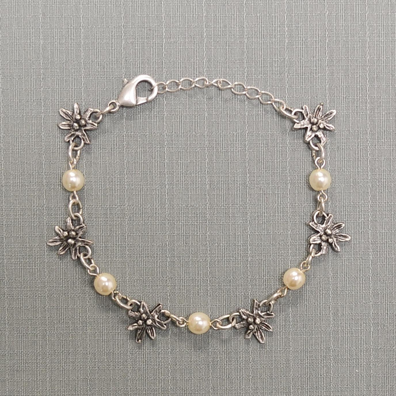 Edelweiss bracelet pearl-bracelet traditional jewelry