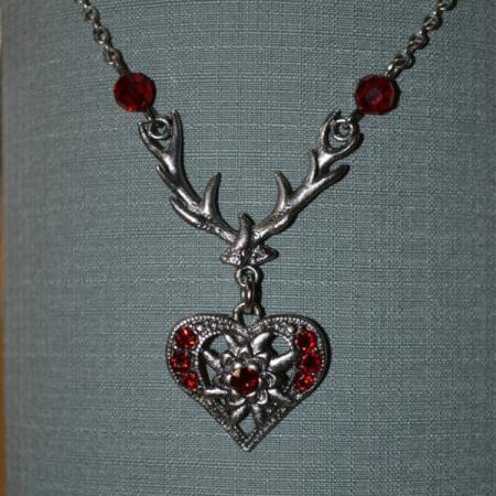 edelweiss heart antler necklace