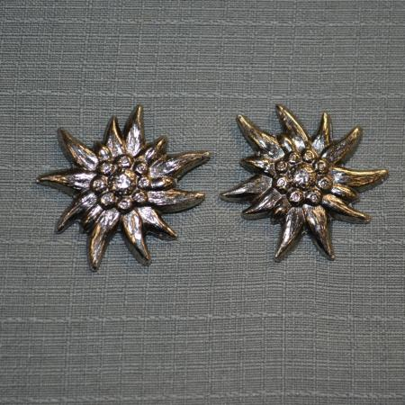 Edelweiss post earrings