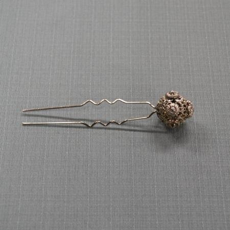 Filigree hair pin