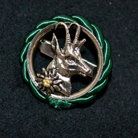 Mountain Goat and Edelweiss hat pin