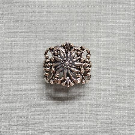 silver edelweiss tie ring