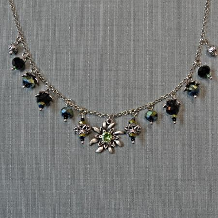 Edelweiss beaded necklace