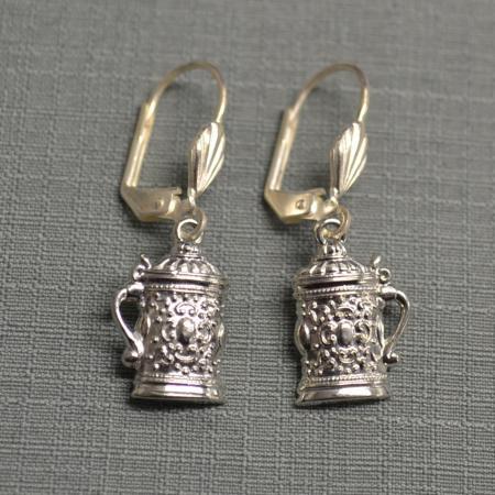 Stein earrings